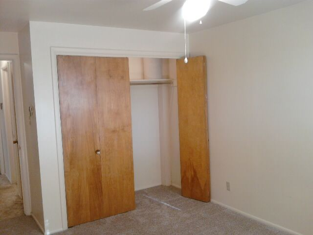 Ceiling fans in bedrooms - Large, lighted closets
